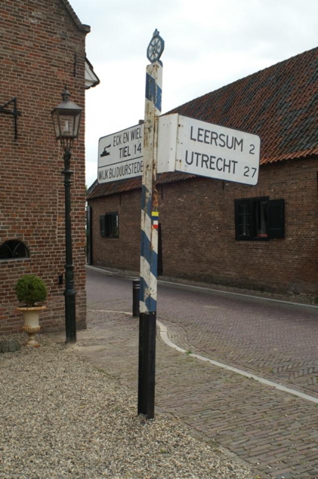 ANWB wegwijzer Amerongen 1 - erfgoed op weg.nl